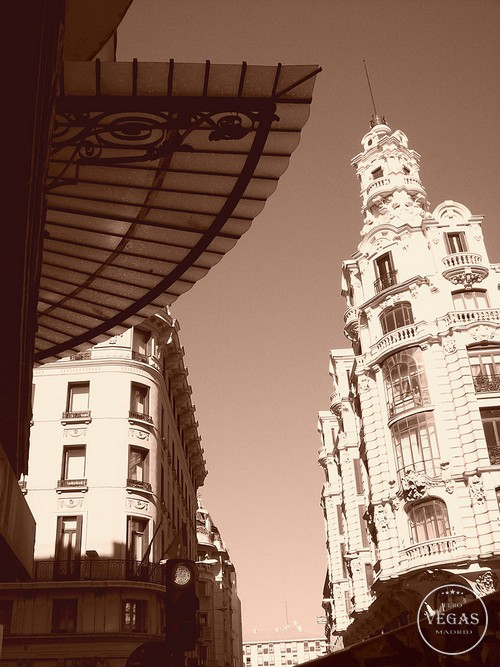 Gran Via sepia photo